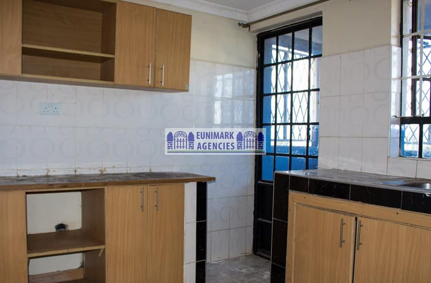 Two bedroom Master Ensuit With Spacious Dining Area (4)