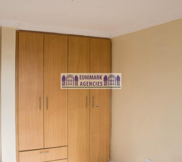 Two bedroom Master Ensuit With Spacious Dining Area (5)