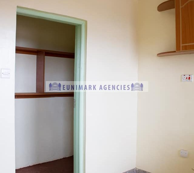 3 Bedroom Apartment in Rungiri (5)